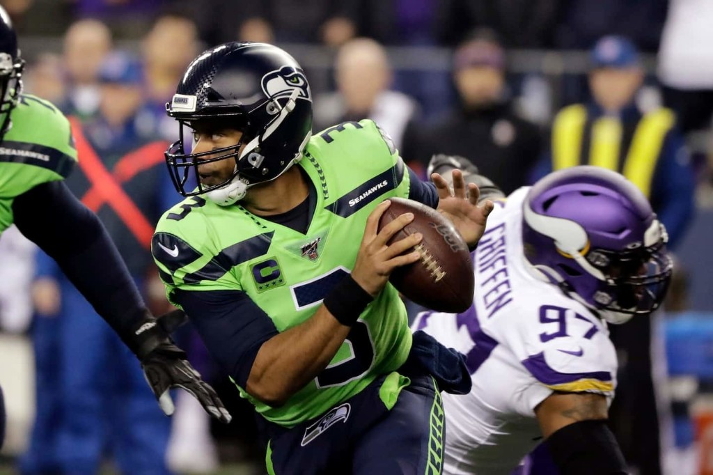 NFL playoff forecast: Patriots at risk of losing a bye, while Seattle is in mix for top seed