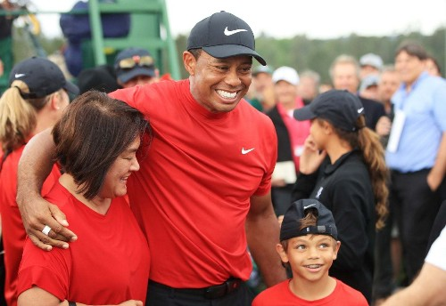 Tiger Woods, golf prodigal, returns with a roar. It will be ages before another day like this.