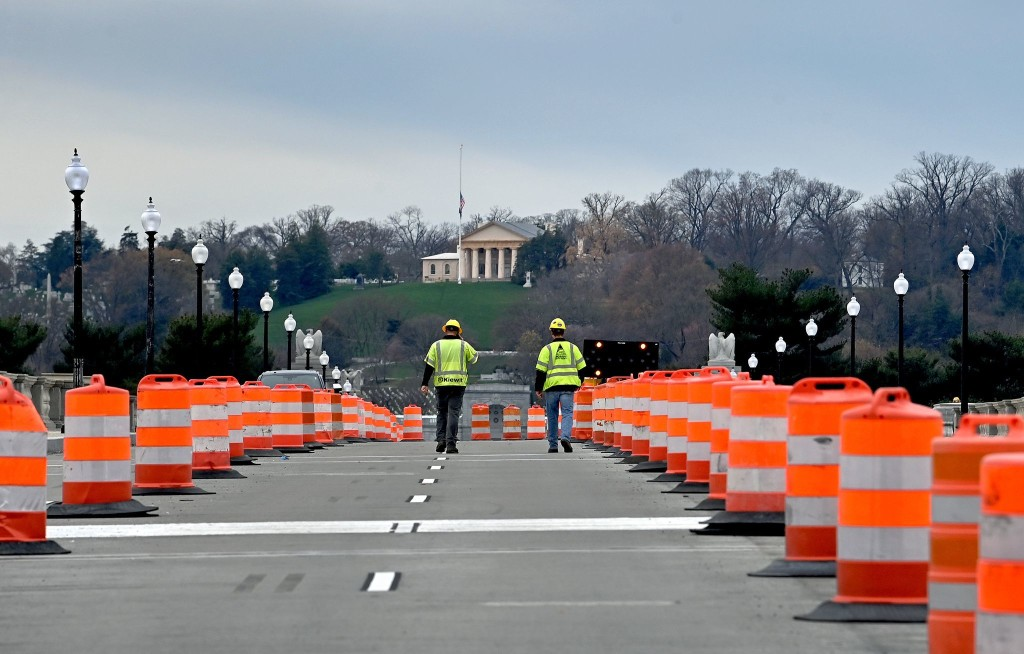 Arlington Memorial Bridge reopens after two-year rehabilitation
