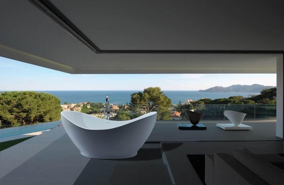 Modern/ Contemporary home - Cover