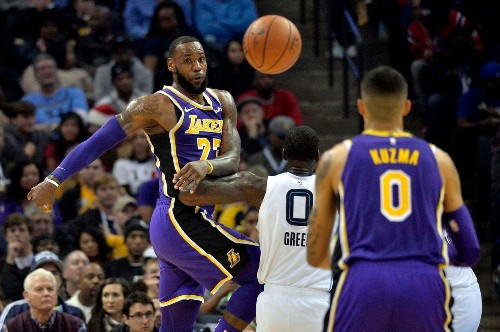 LeBron James reportedly could play point guard for Lakers