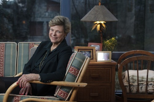Cokie Roberts, influential Washington broadcaster, dies at 75