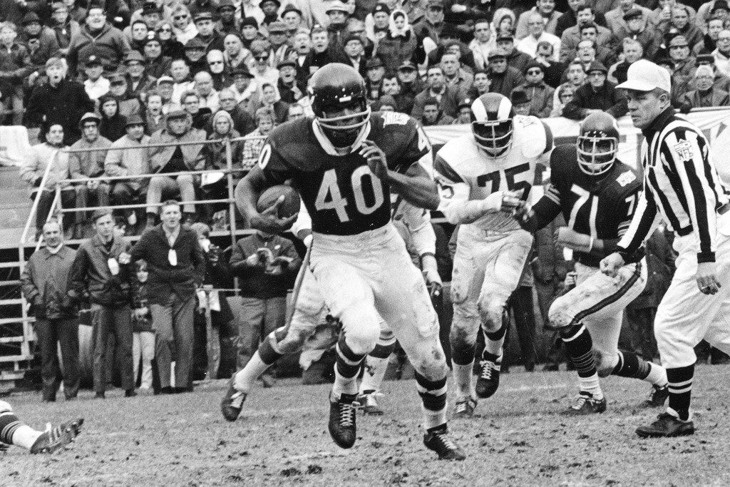 Gale Sayers was artistry in motion, but his vulnerability was just as powerful
