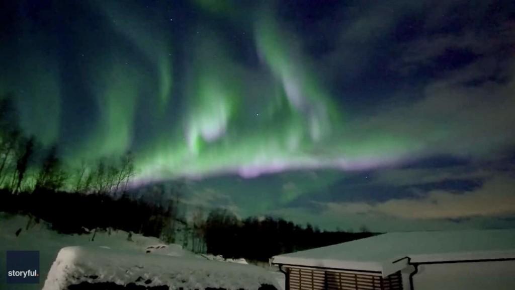 Northern lights shimmer over Arctic, dazzle Alaskans