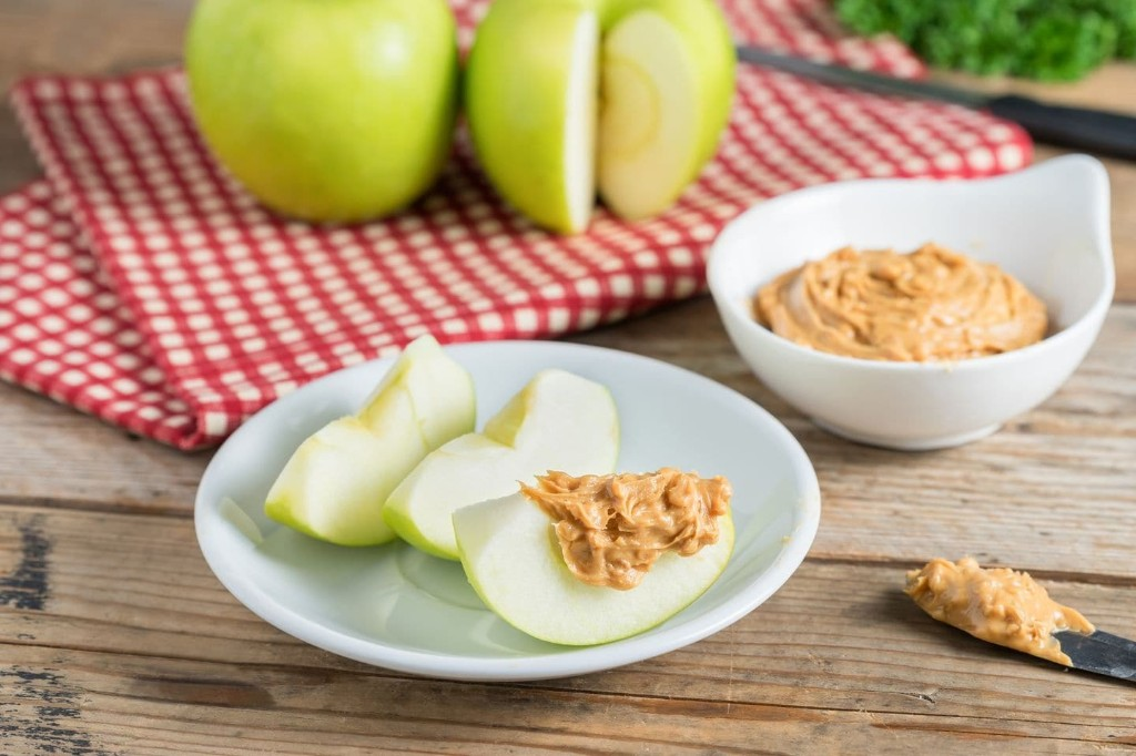 A healthy snack needs these three nutrients, plus proper planning