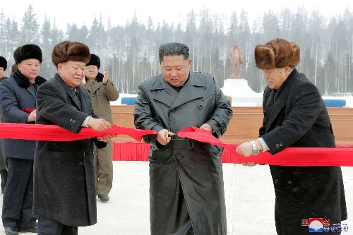 North Korea warns United States of an unwelcome 'Christmas gift'