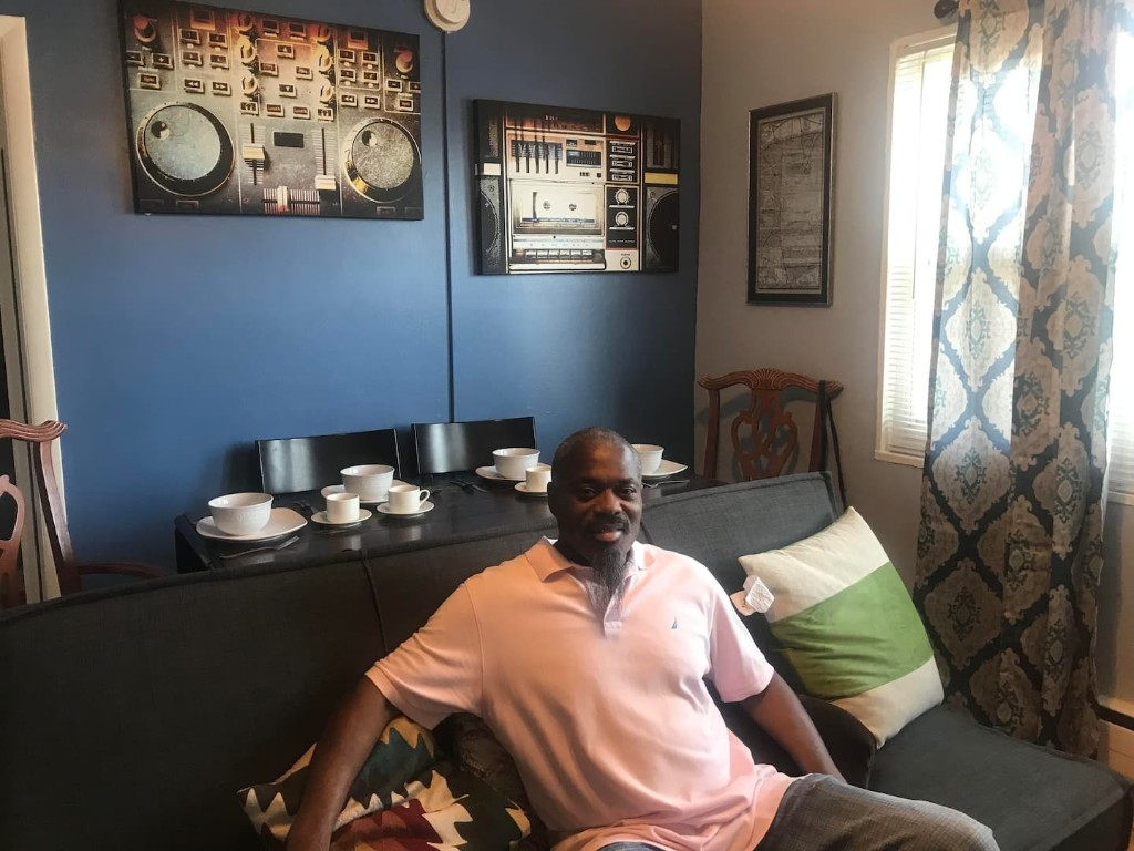 He was homeless for a decade. A D.C. furniture shop just redesigned his new apartment.