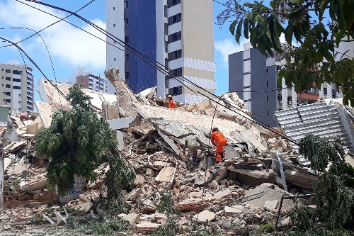 Apartment building in upscale Brazil neighborhood is latest to collapse without warning