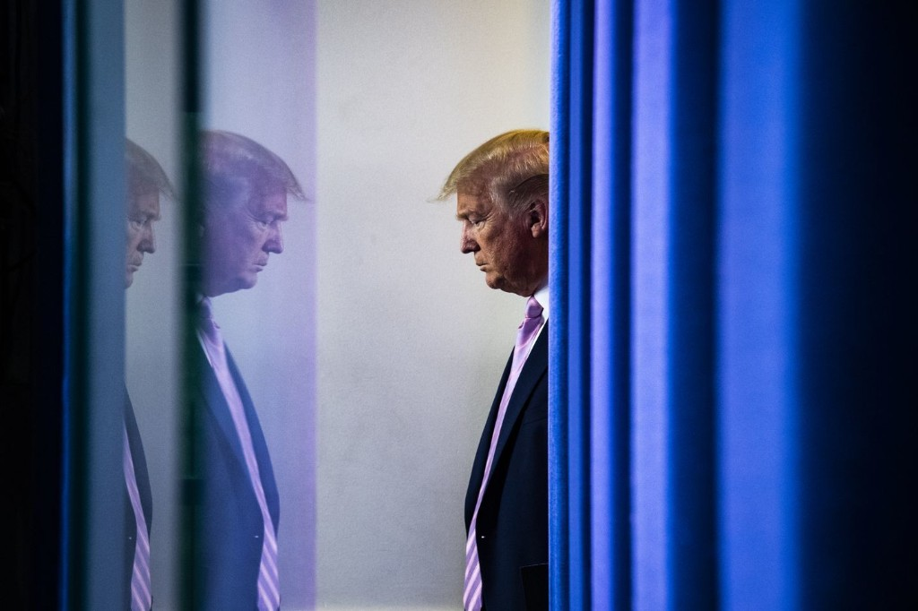 Commander of confusion: Trump sows uncertainty and seeks to cast blame in coronavirus crisis