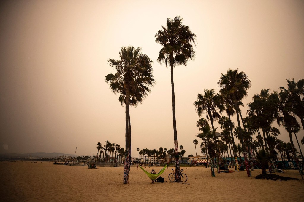 What tourists need to know about visiting L.A. during the pandemic