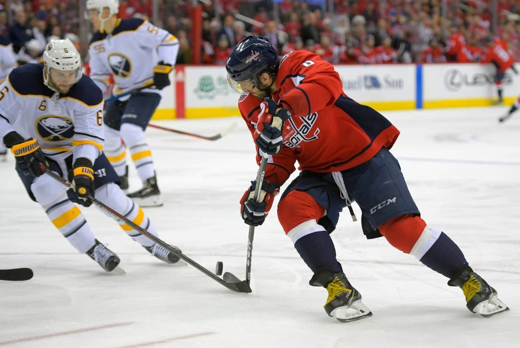 Can Ovechkin beat Gretzky's career goals record? It's a great question.
