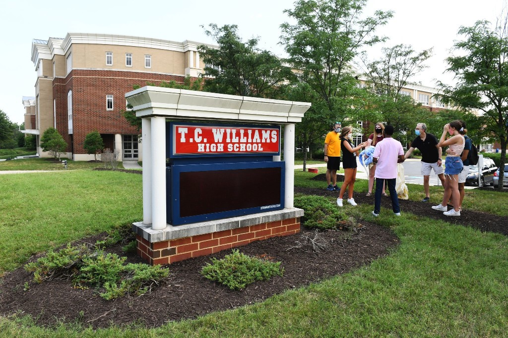 Alexandria schools are finally getting on the right side of history