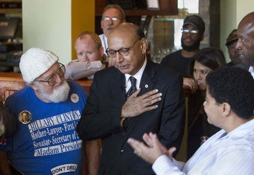 Khizr Khan stumps for Clinton at mosque and Norfolk restaurant