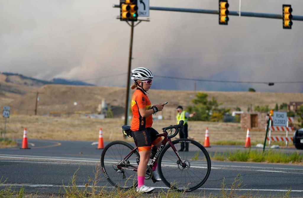 Colorado wildfire erupts amid deepening drought, forcing evacuations in Boulder County