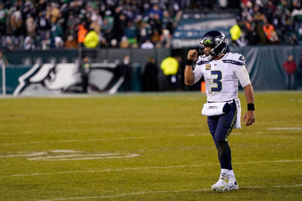 Seahawks hold on to beat Eagles after Carson Wentz exits with head injury