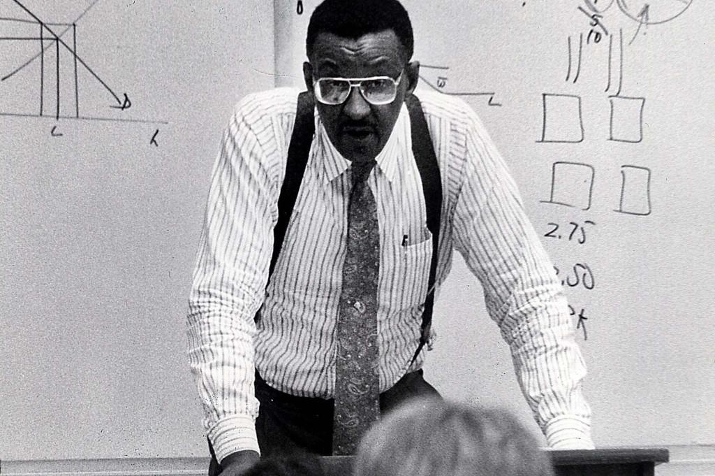 Walter E. Williams, free-market economist, anti-government commentator, dies at 84