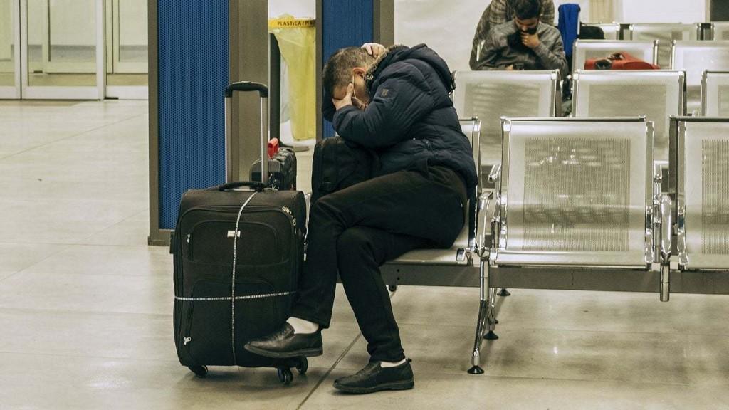 Companies are canceling U.S. domestic travel over coronavirus fears