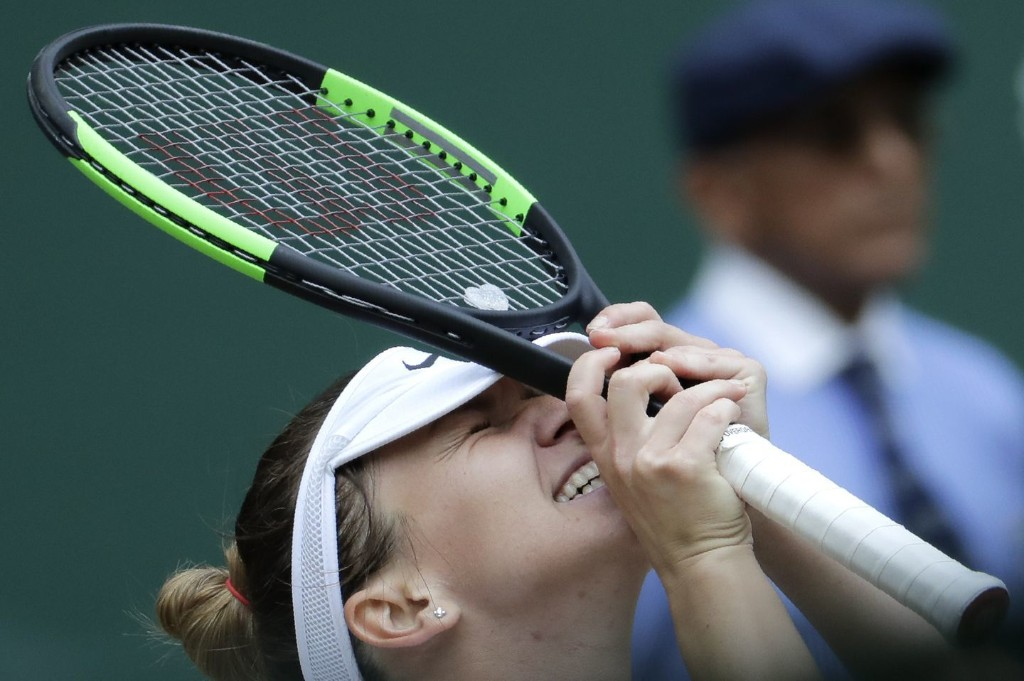 Playing 'the best match of my life,' Simona Halep dominates Serena Williams for Wimbledon title