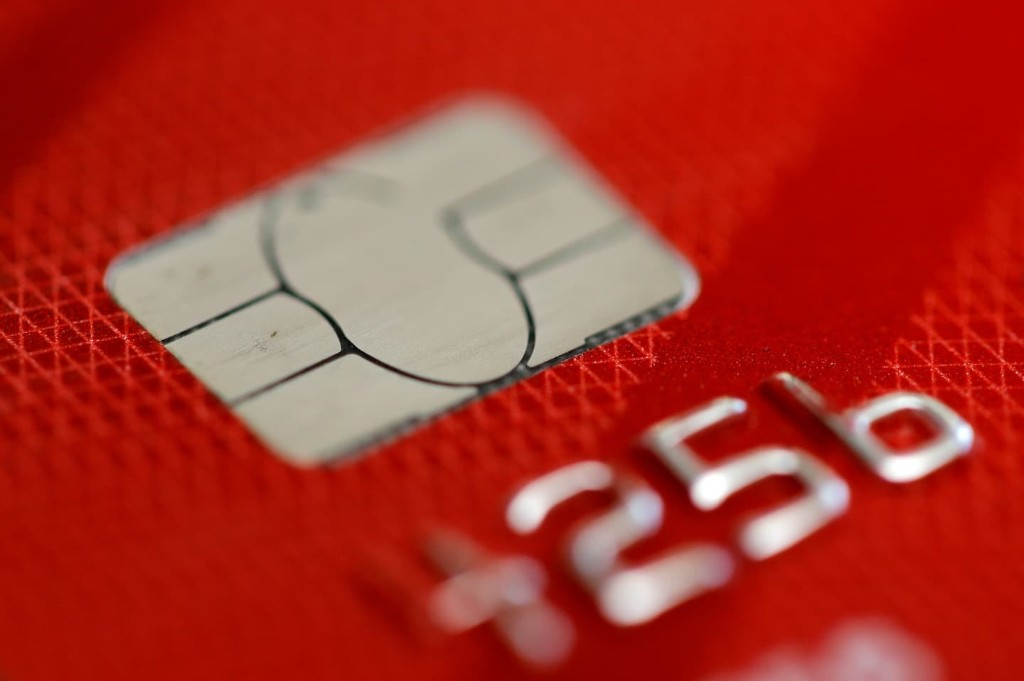 Americans' near-record levels of credit card debt help bolster banking industry