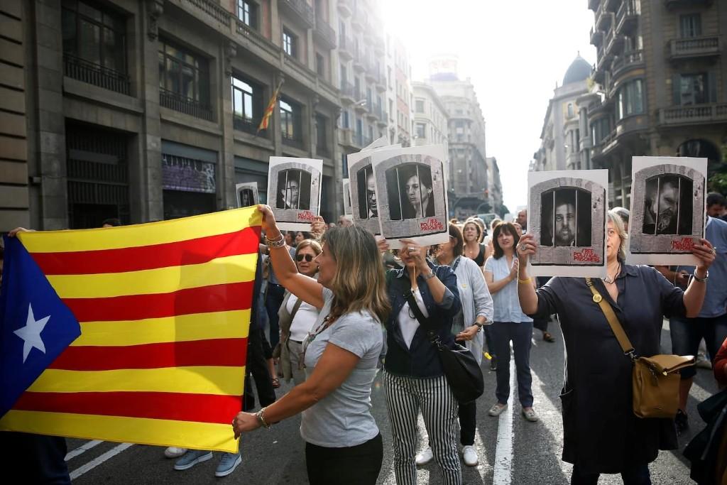 Spanish Supreme Court sentences Catalan separatists to prison, sparking protests