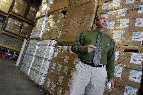 Desperate for medical equipment, states encounter a beleaguered national stockpile