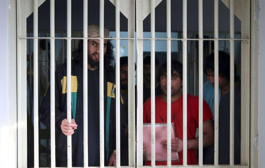 Afghan government releases 100 Taliban prisoners after collapse of prisoner swap talks