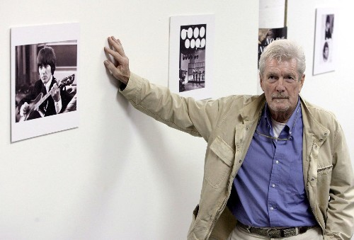 Robert Freeman, photographer who helped define the image of the Beatles, dies at 82