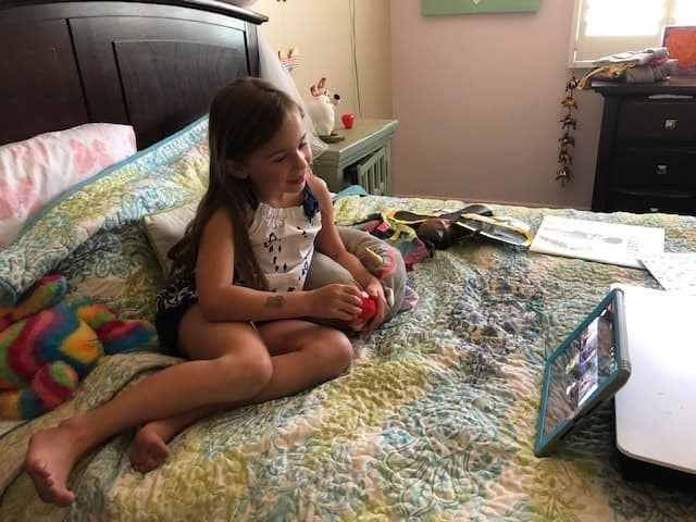 This 7-year-old goes online to 'spread my hope' to children with medical issues during pandemic
