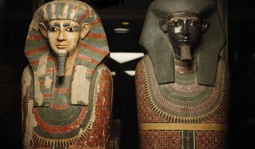 4,000-year-old Egyptian mummies were thought to be brothers. Genetics tells a different story.