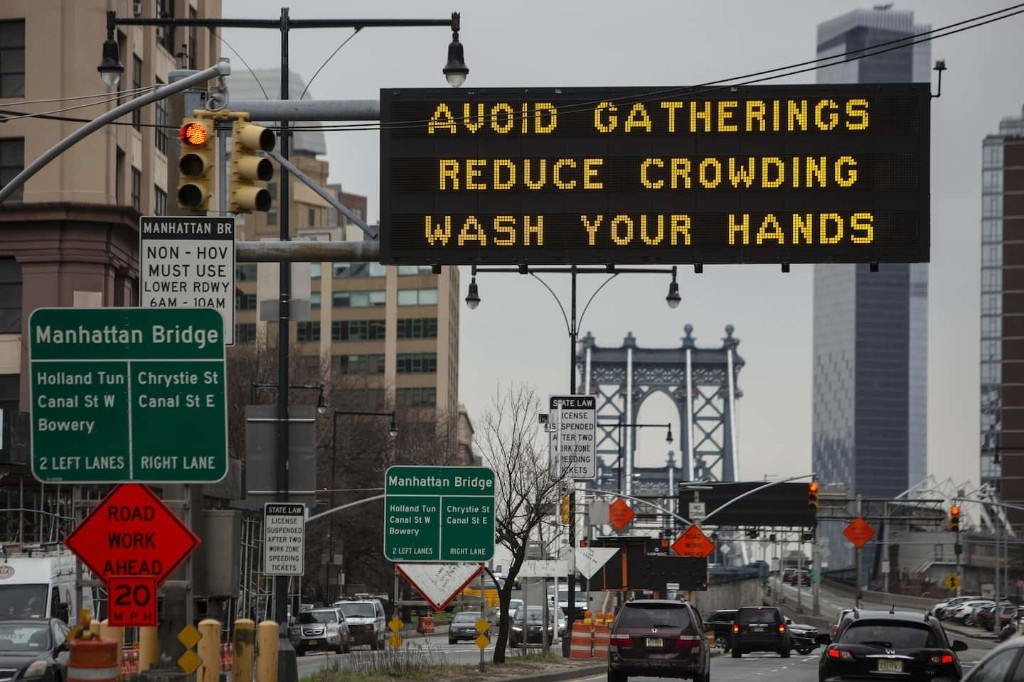 Illinois, California, Florida and New York increase restrictions because of coronavirus