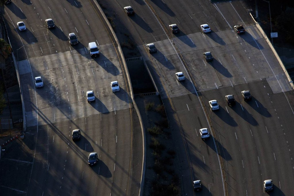 California and nearly two dozen other states sue Trump administration for the right to set fuel-efficiency standards
