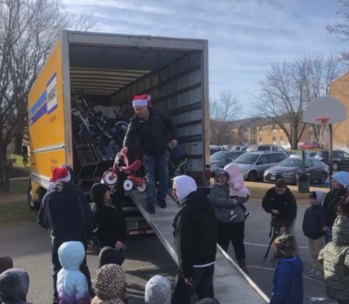 A man just gave away $12,000 in Christmas toys, starting at the low-income complex where he once lived