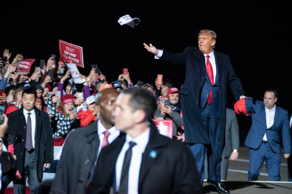 Trump campaign flouted agreement to follow health guidelines at rally, documents show
