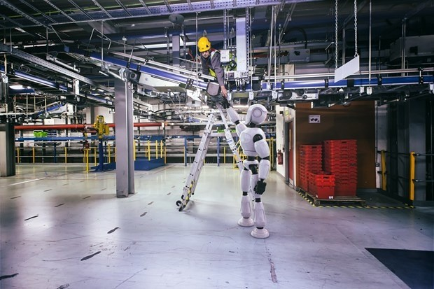Bank of England: 15 million British jobs at risk from robots