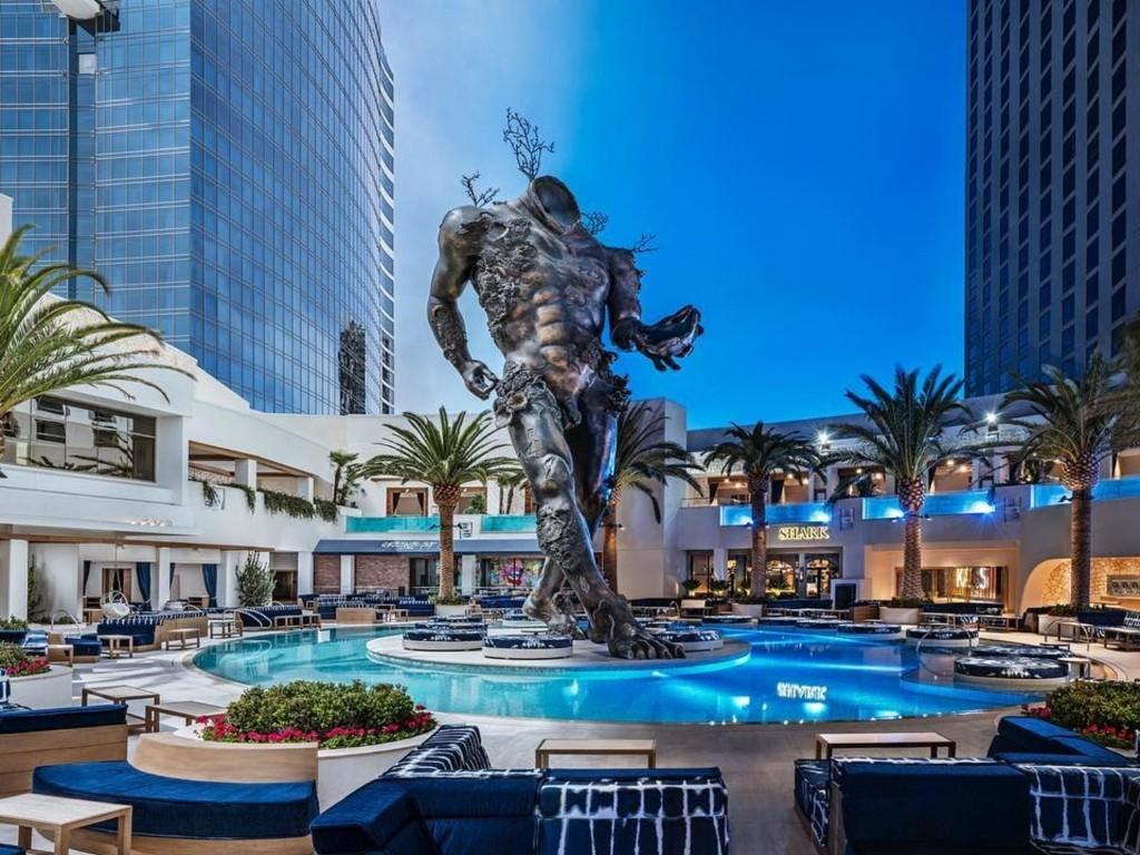 Las Vegas 💗🍹🍾🍸🎉🗼🌇🎰💚 - cover