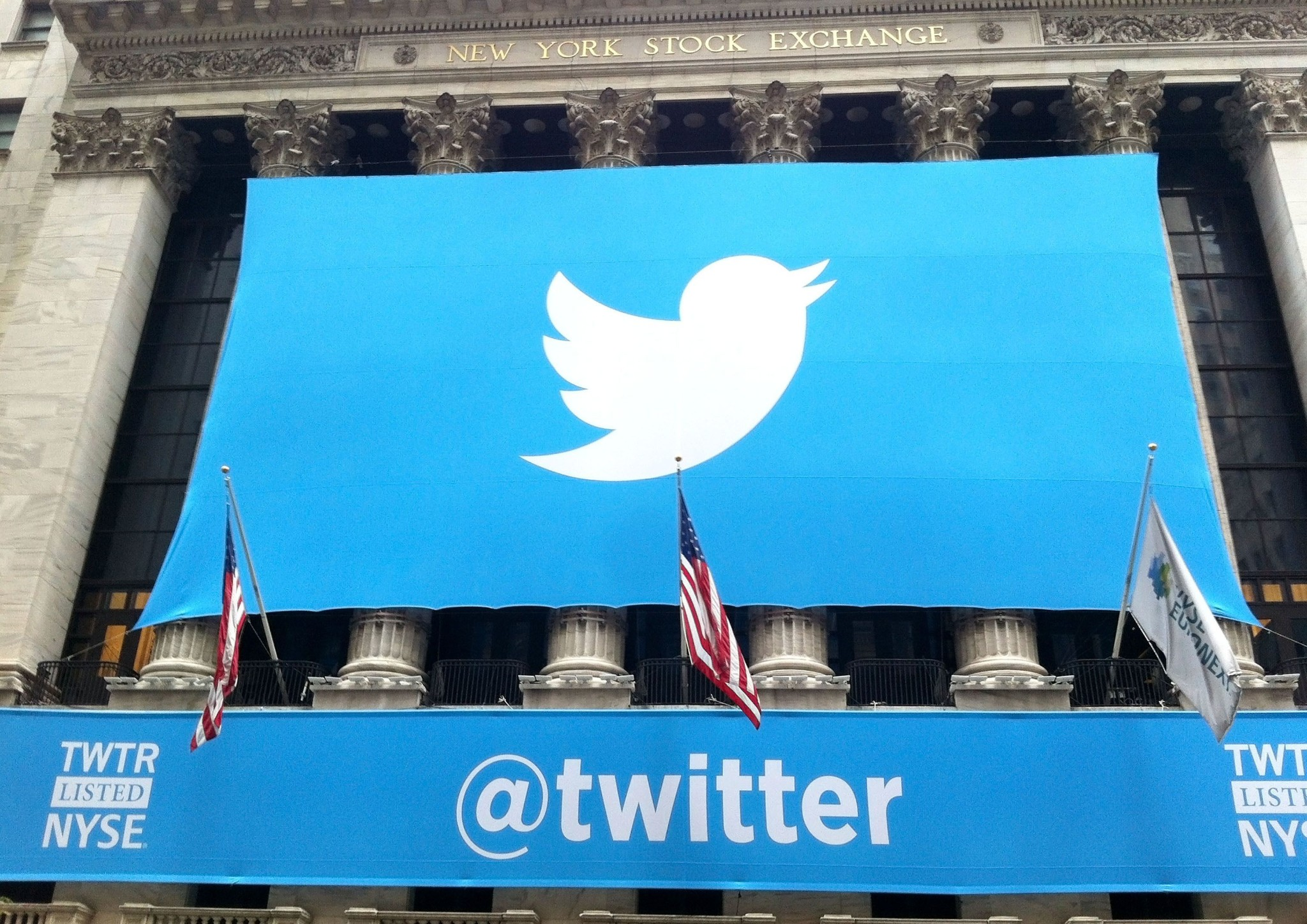 Twitter beats on earnings but misses on user growth