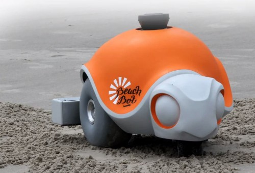 Disney Builds An Adorable Robot To Etch Massive Pictures Onto The Beach