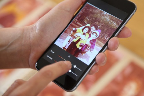 Photomyne grabs $2.6 million to bring your old photos online