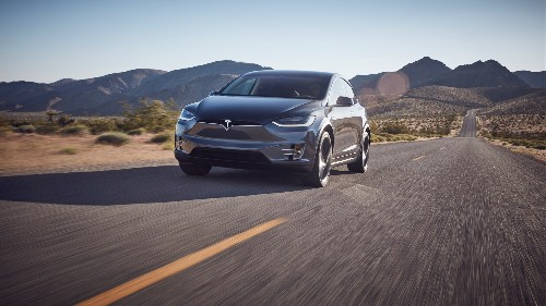 Tesla lowers Model X base price due to improved margins
