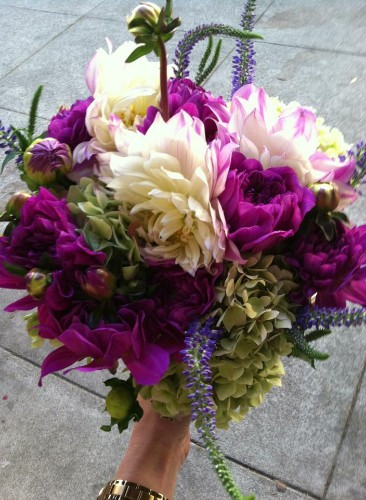 """Magic Does Exist With YC's """"Uber-For-Flowers"""" Startup Bloomthat"""