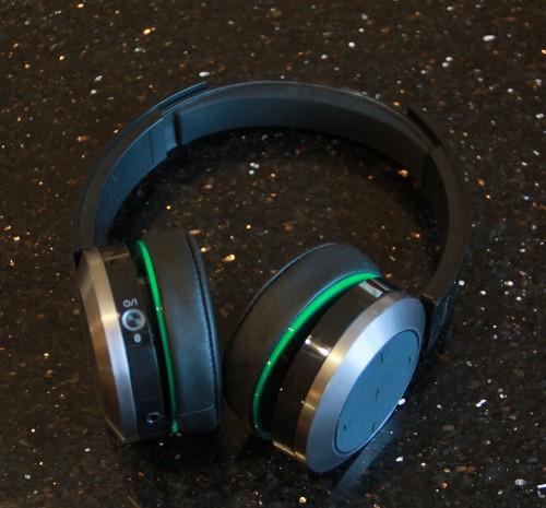 A Week With Panasonic's BTD10 Bluetooth Headphones