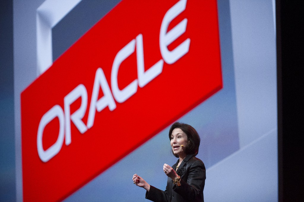 Oracle Sued Google - Magazine cover
