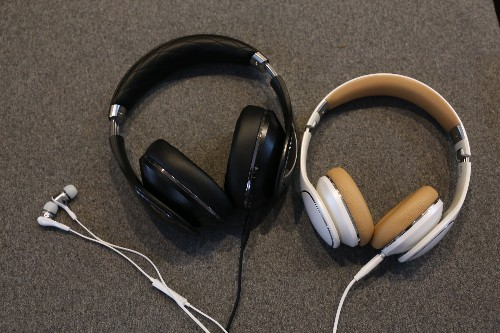 Samsung Level Headphone Series Review: Galaxy Owners Only Need Apply