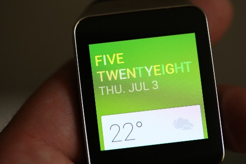 Samsung Gear Live Review: Samsung's Smartwatch First Mover Advantage Helps Its Android Wear Effort
