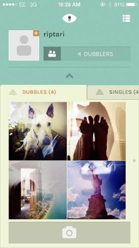 他利用者の写真とランダムに組み合わせた「二重露出」写真を共有するDubble