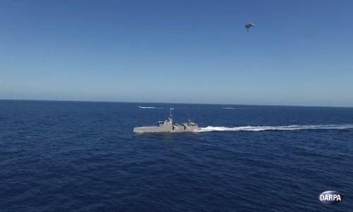 DARPA's robo-boat tests parasailing radar