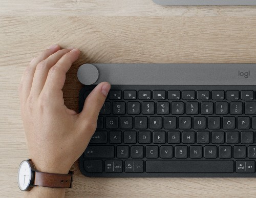 Logitech's latest keyboard, The Craft, adds a smart knob called The Crown