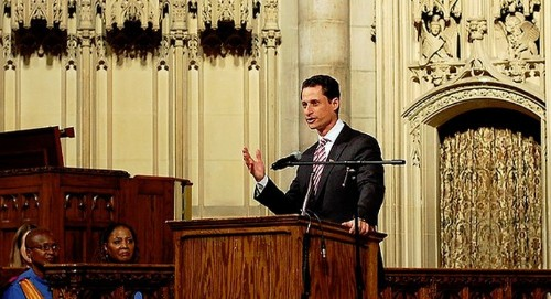 Anthony Weiner Has No Idea Why He Didn't Use Snapchat Either