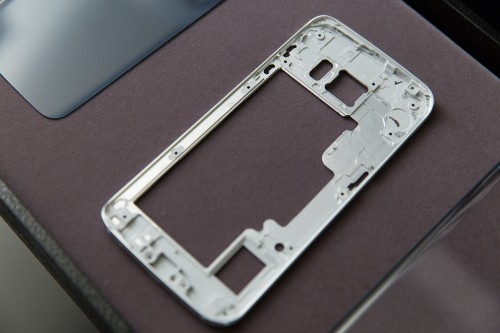 The Story Behind Samsung's Galaxy S6 And S6 Edge Design Departure