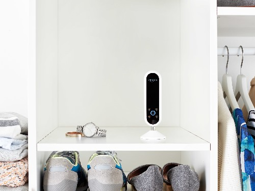 Amazon's new Echo Look has a built-in camera for style selfies